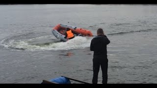 Не повторять! Можно ли перевернуть РИБ лодку?