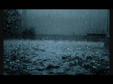 А по тёмным улицам гуляет дождь!!!!!!