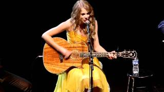 "Taylor Swift performs ""The Best Day"" at All for the Hall Los Angeles"