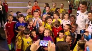 Artur Szpilka na treningu w Wieliczce: były oklaski od najmłodszych fanów...