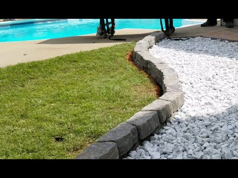 landscaping-with-white-marble-rock-and-pavers
