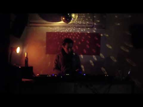 Pool DJ @ The Russian Bar (London - UK)...