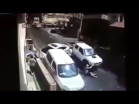 Pendik'te Herkesin Birbirine Saldırdığı Kaza