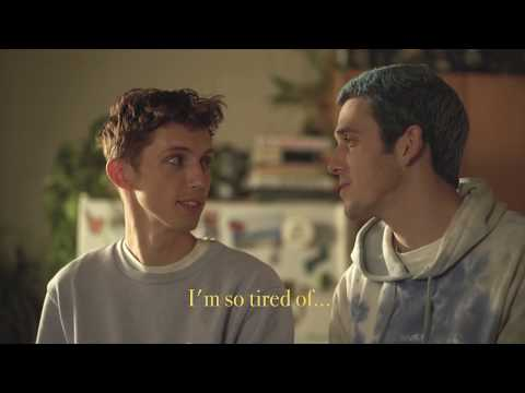 Lauv & Troye Sivan Are So Tired Of Cooking