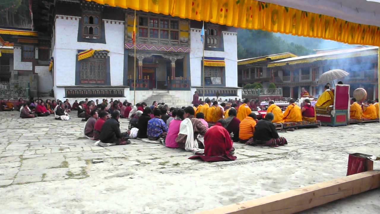 lhodrak kharchu monastery