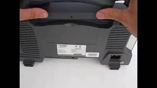 установка батареи в осциллограф OWON xDS3102