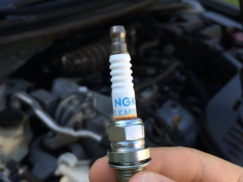Spark Plugs Replacement - Nissan Altima 2007-2012 - 4 Cylinders 2.5 Engine.