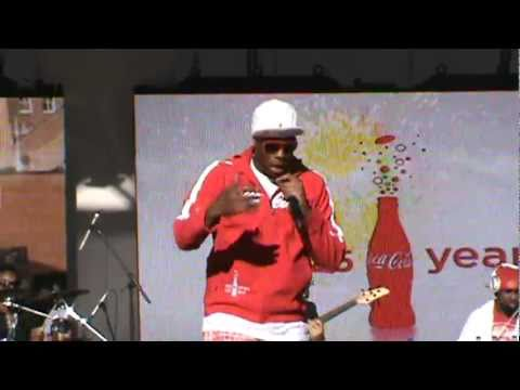 "Kardinal Offishall -  ""Everyday (Rudebwoy)""  @ Yonge-Dundas Square, Toronto, ON - 05/07/11"