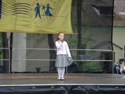 """Детская песенка """"Капельки"""""""