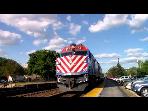 Rail Fanning in Lombard & Glen Ellyn IL during rush hour w/lots of action, lots of Pullmans, & horn!