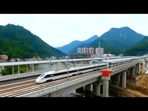 Engineers test entire Xi'an-Chengdu line