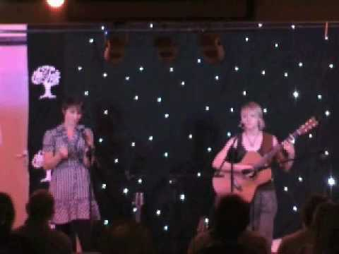 Helen and Amy - No Telling - Linda Thompson