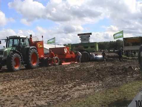 Tractor Pulling Edewecht 2001 by MrJo