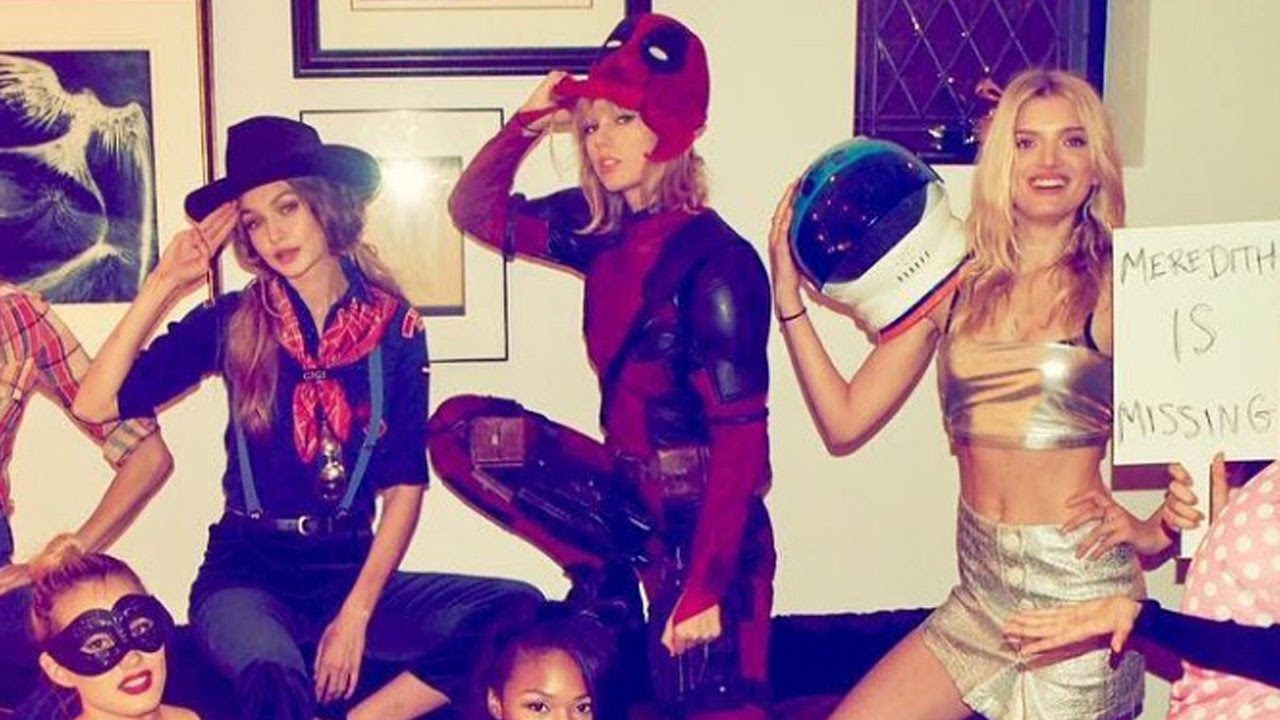 taylor swift rocks deadpool costume from ryan reynolds for halloween