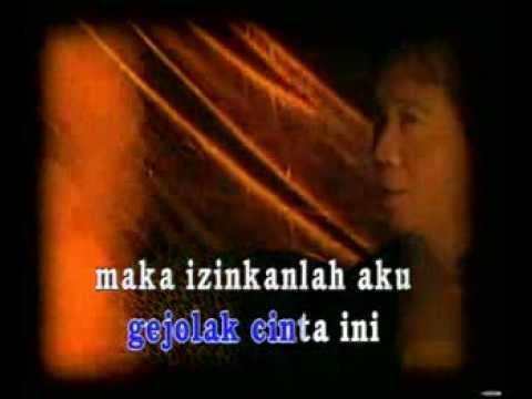 Chrisye feat Waldjinah - Kala Cinta Menggoda