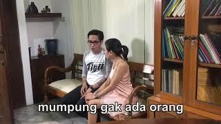 Download Video Nikita Mirzani Belah Duren 😂 😂 (Buat Yang Jones Dilarang Nonton Video Ini) MP3 3GP MP4