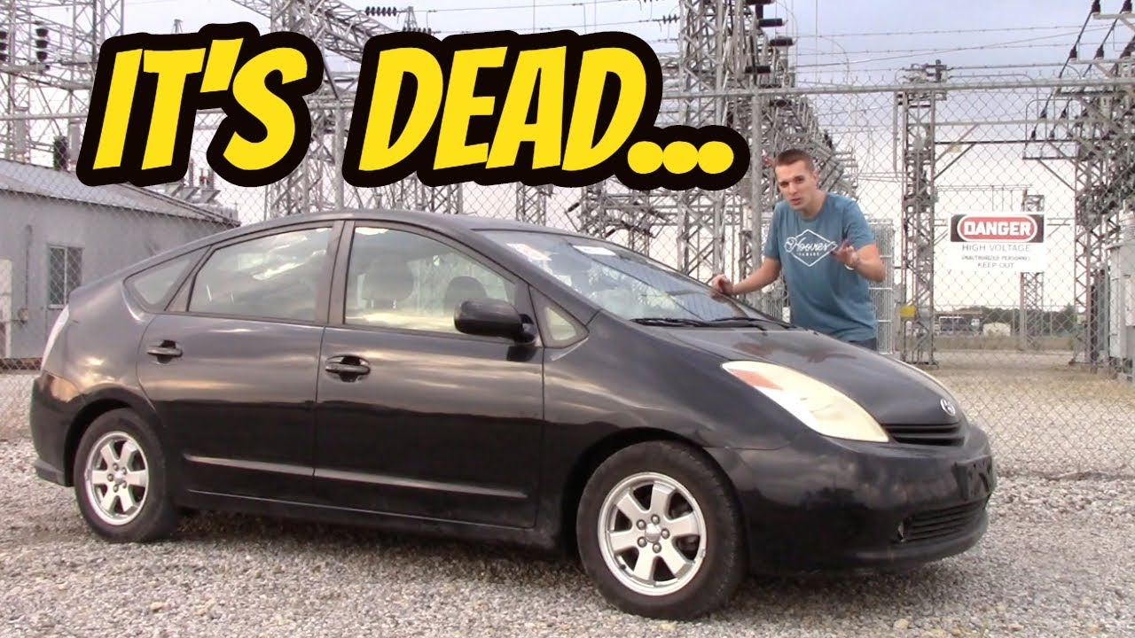 Will the Toyota prius work with a dead battery?