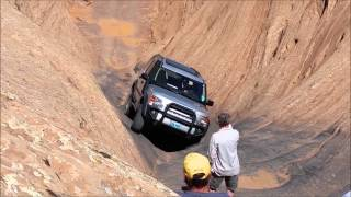 Land Rover LR3 (stock suspension) on Hell