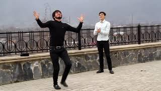 ЧЕЧЕНСКАЯ ПЕСНЯ MADINA YUSUPOVA 2017 ЧЕЧЕНСКАЯ ЛЕЗГИНКА BALAKEN 2017