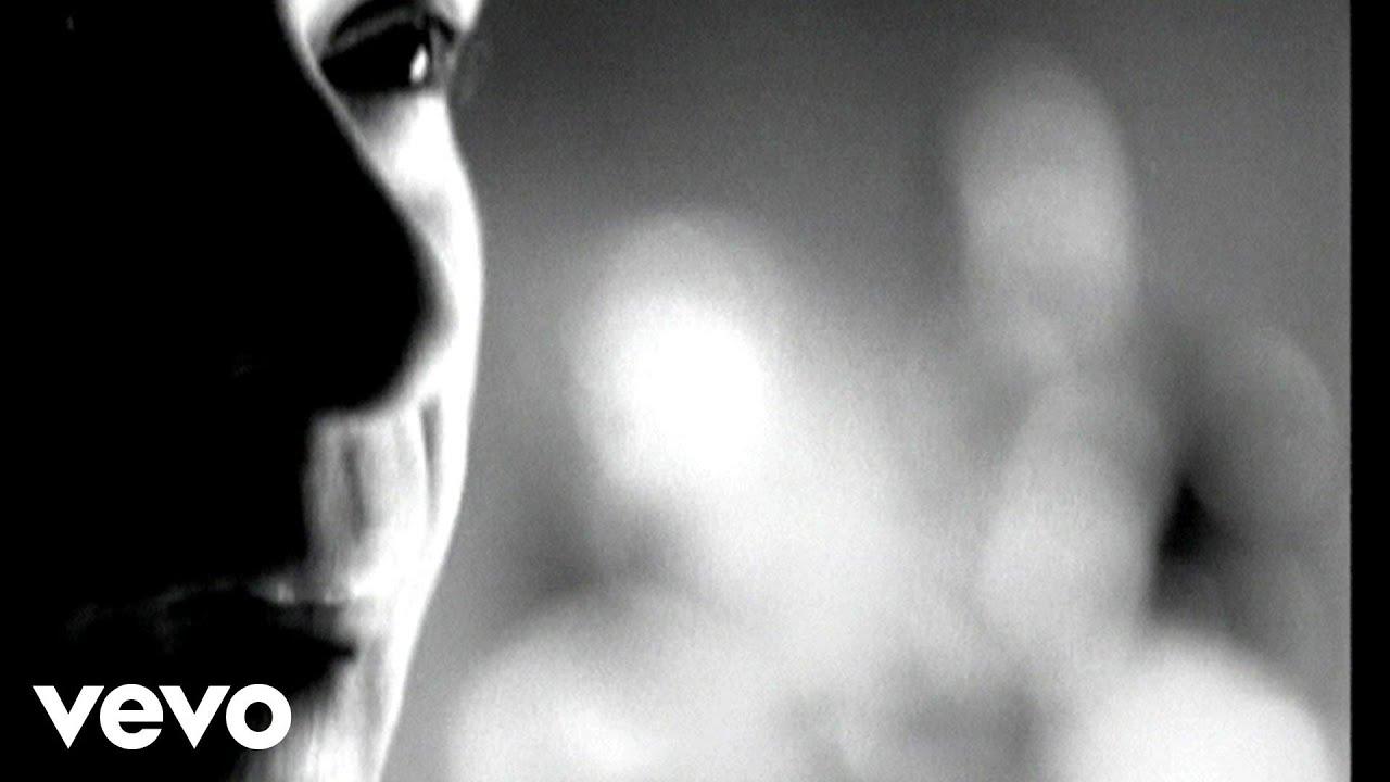 os-paralamas-do-sucesso-la-bella-luna-video-clip-paralamasvevo