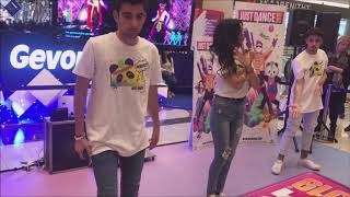 Just Dance 2019 - OMG (Full Gameplay)