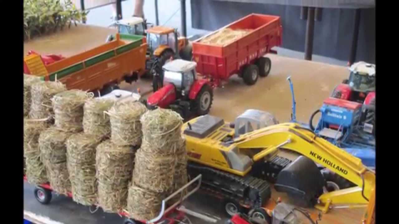 UNIVERSAL HOBBIES : tracteur, miniature, jouet et maquette Collect World