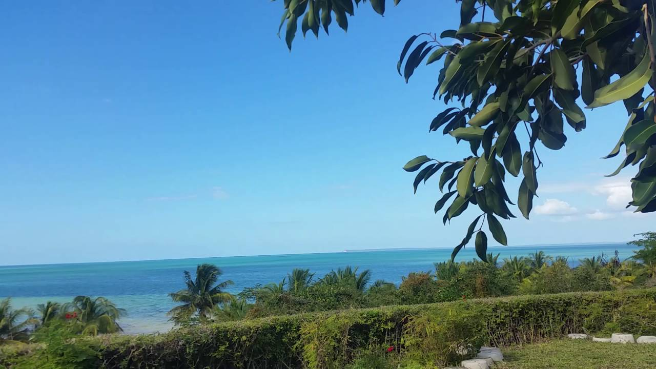 Mozambique Hotel reccomendation in Vilanculos - Dona Soraya (INTERVIEW)