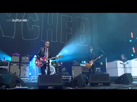 Noel Gallagher`s High Flying Birds - Don't Look Back In Anger Live @ Isle Of Wight 2012 - HD