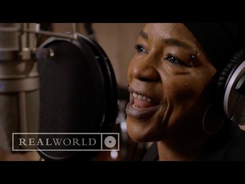 Les Amazones d'Afrique - I Play The Kora (feat. Rokia Koné, Mamani Keita, Nneka, Mariam Doumbia)