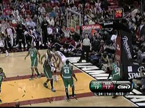 Michael Beasley dunks on Kendrick Perkins (11/29/09)
