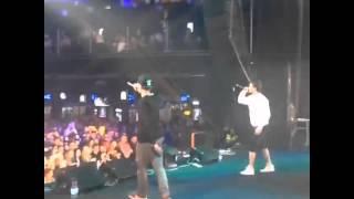 Ярмак и Tof на концерте(Ярмак ft.Tof- Вставай., 2015-04-26T19:27:44.000Z)