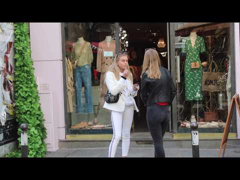 Fashion and style, choosing clothes that bring out your true beauty and making your own statement. - Видео онлайн