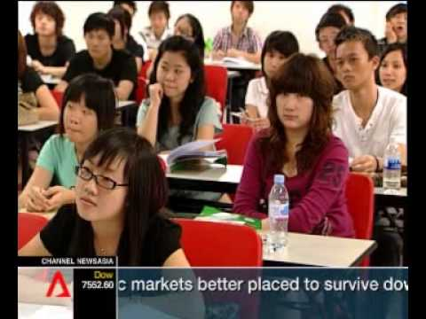 Private universities in Singapore attracting more locals