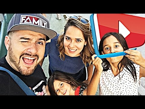 YOUR PRETTY FACES! VIDCON! | The Family Vlog | REALITYCHANGERS