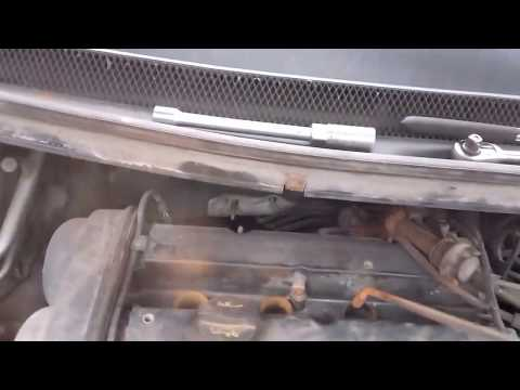 Ford Focus Spark Plugs Misfire Cylinders Rust and water problem