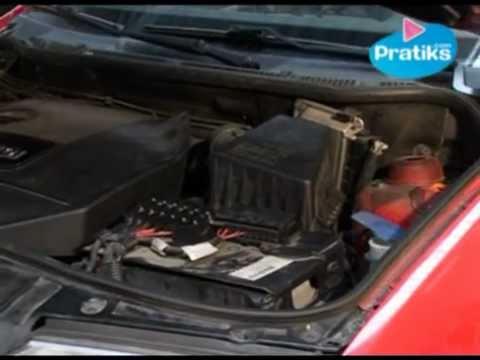 Automobile comment changer le filtre air youtube - Comment changer chambre a air ...