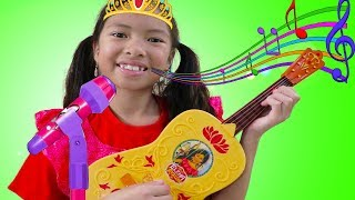 Wendy Pretend Play w/ Guitar Toy as Disney Princess Elena & Sings Nursery Rhymes Kids Songs
