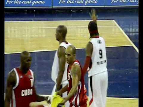 Kelvin Peña en el Centro Basket 2010
