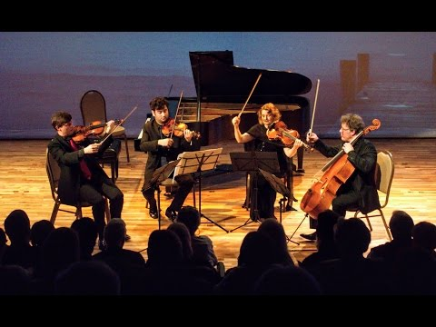 "Mozart String Quartet No19 in C major K465 ""Dissonance"" performed by Henschel Quartett"