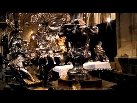 Prague Castle Tour | Places to see in Prague Czech Republic | Prague Travel Guide