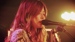 Miyuuによる「Southern Waves」YouTube Music Sessions スペシャルパフ...