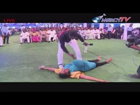 DEAD BABY ON HER WOMB KICKED UP AFTER PRAYER/ PROPHECY | CHRIST MERCYLAND SUNDAY LIVE SERVICE