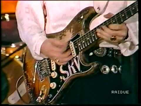 Stevie Ray Vaughan Lookin' Out The Window Live In New Orleans Jazz & Heritage Festival