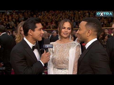 How Chrissy Teigen Avoided Wardrobe Malfunctions at Oscars 2017