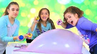Pikmi Pops Bubble Drops Challenge with Giant Slime Bubbles!
