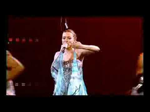 Kylie Minogue - Can't Get You Out Of My Head (Showgirl)