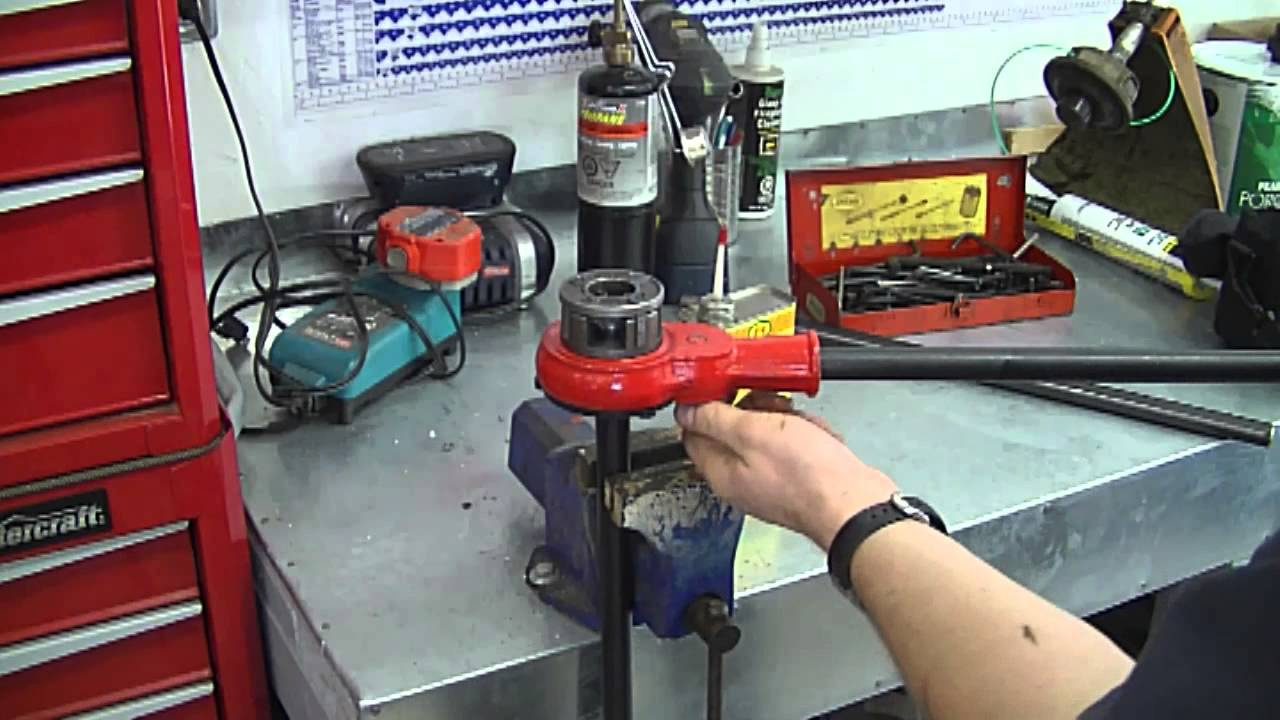 DIY- How To Thread Compressor Pipe - YouTube