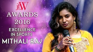 Chennai 28 Team presents the award | Mithali Raj at JFW Awards | Excellence in Sports | JFW