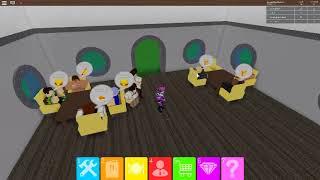 ROBLOX Restaurant now so I am rich restaurant Tyccon #2