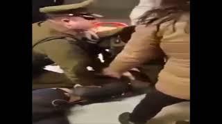 Pelea Entre Estudiantes Y Carabineros En Metro De Santiago